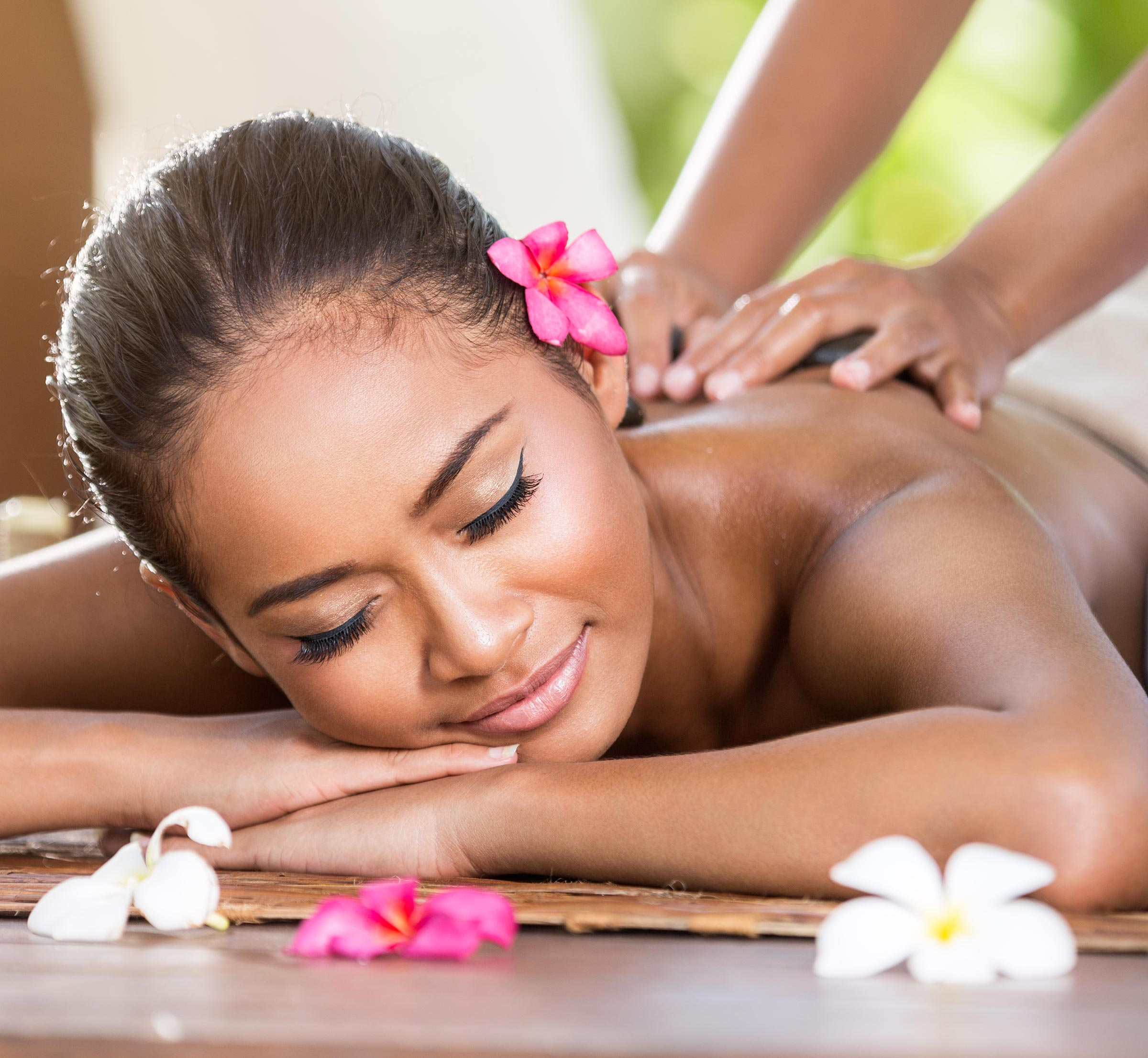 Wipe Out Your Worries From Dubai Massage Therapy